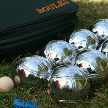 Garden Boule Game in a Canvas Carry Bag