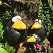 Quirky Crow Garden Ornament - Medium