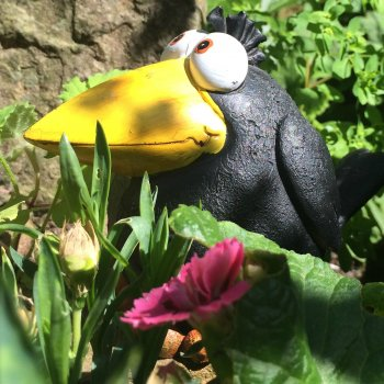 Quirky Crow Garden Ornament - Small